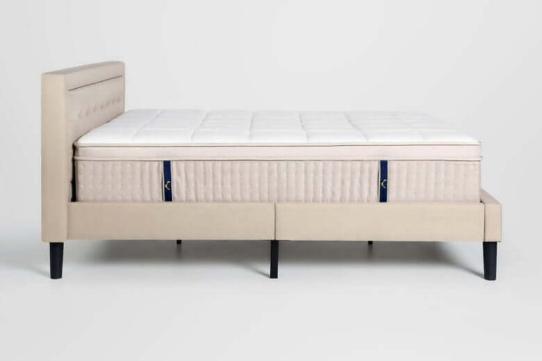 dreamcloud-mattress side look